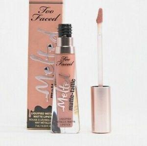 Too Faced-Melted Matte-tallic Liquid Lipstick